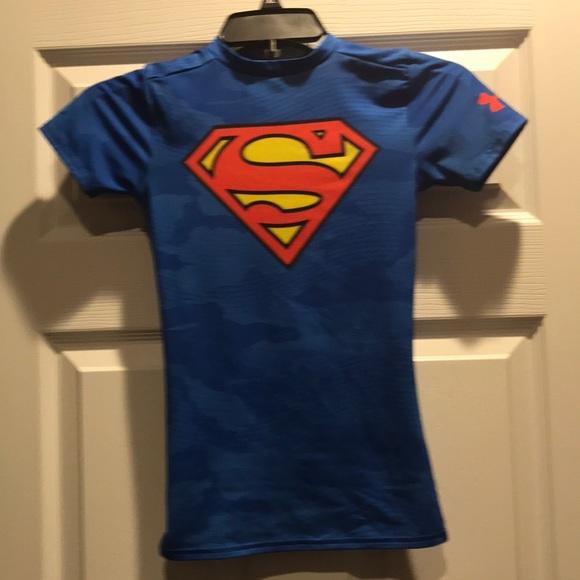 debajo Saqueo sí mismo  Under Armour Shirts & Tops | Fitted Under Armour Superman Shirt | Poshmark